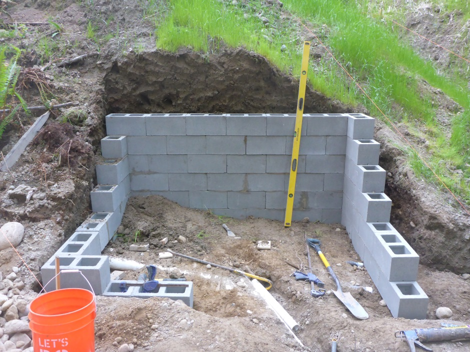 how to build your own concrete block house