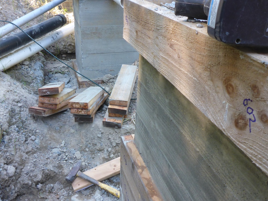 Remove Deck Column Boards With Hammer And Wood