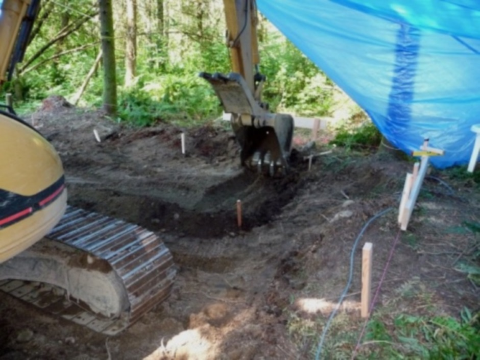 Eval build - Foundation footing trenches start