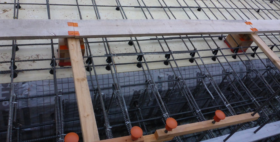 Upper Slab Rebar Chairs At Edges